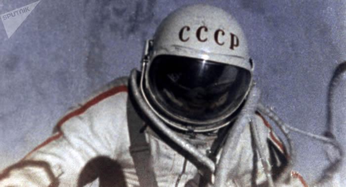 太空飞行参与者联合会第32届行星科学大会共同缅怀已故苏联宇航员阿列克谢·列昂诺夫