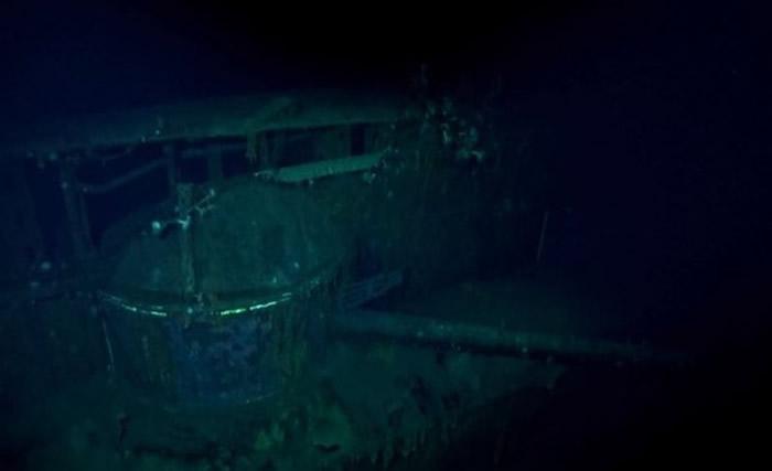 RV Petrel在中途岛海域约5400公尺深海底发现二战日本海军航空母舰加贺号残骸