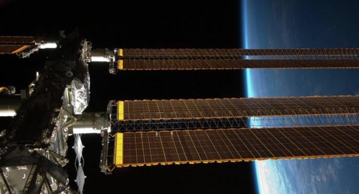 俄罗斯与美国正在致力于延长国际空间站的使用寿命