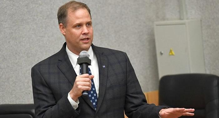 NASA局长吉姆∙布里登斯廷:想要实现宇航员登月 美国需要其他国家的鼎力支持