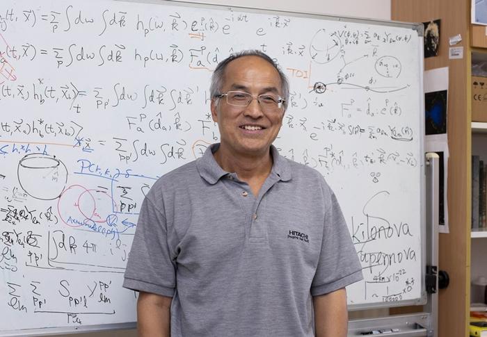 台湾中研院物理所吴建宏研究员,以深厚的学养、推广科学的使命感,将高深的重力波学理,转化为生动好懂的科普演讲,在 2019 年中研院院区开放日与民众分享。 摄影│