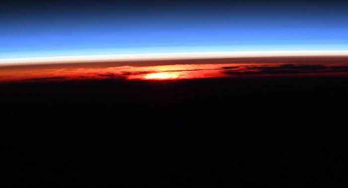 国际空间站美国舱段出现短路 美意宇航员只好到俄罗斯舱段用餐