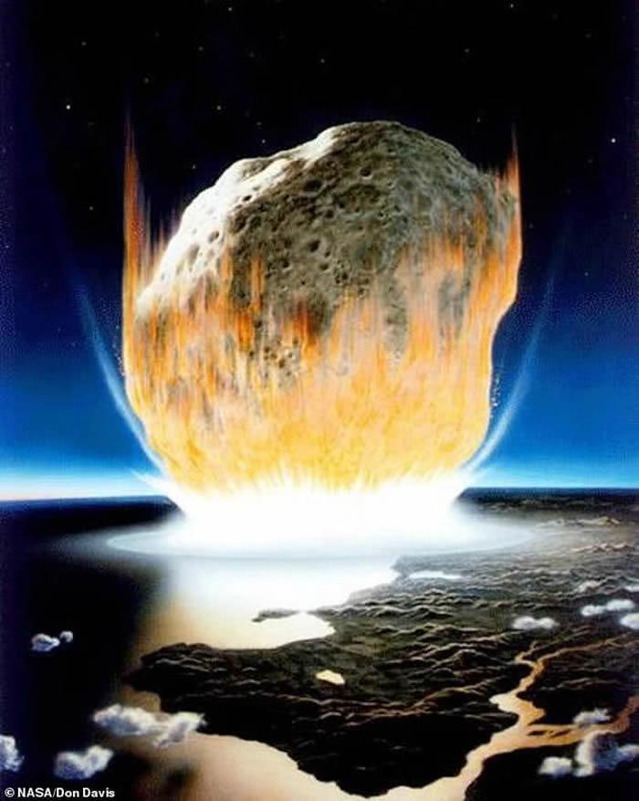 大约6600万年前,一颗宽约10到15公里的小行星以每小时7万公里的高速撞击在墨西哥东南部的尤卡坦半岛,地球上超过四分之三的物种因这次撞击灾难而灭绝。
