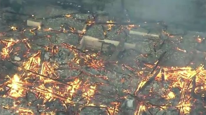 """日本冲绳县那霸市的世界文化遗产""""首里城""""今(31)日凌晨发生大火"""