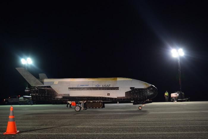 X-37B创下该机在地球轨道飞行最长日子纪录。