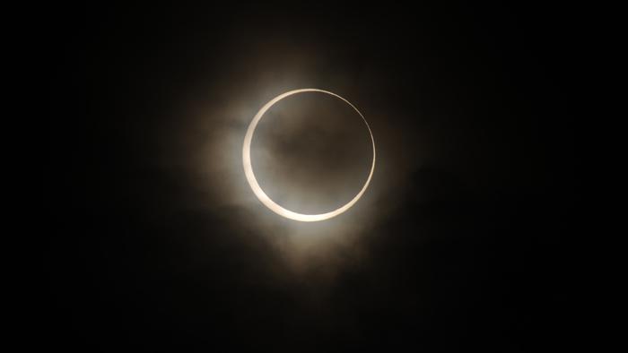 2019年12月份天文现象概况:12月26日日环食 12月14日双子座流星雨