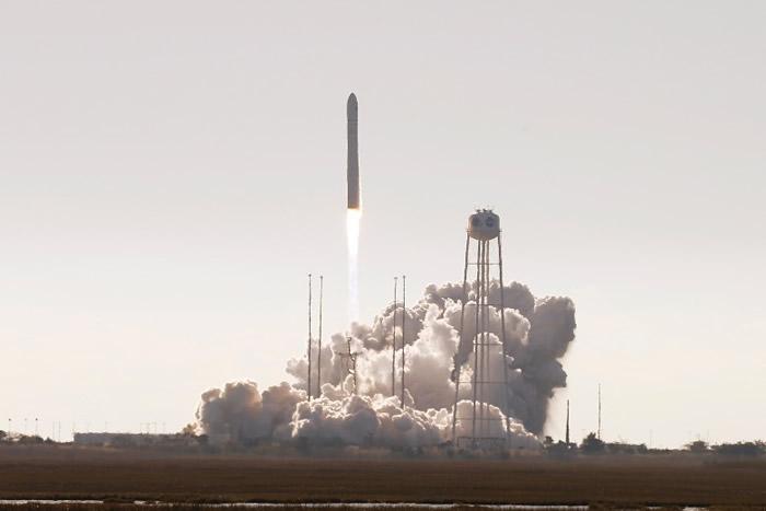 特制的太空焗炉赴国际空间站 首次实现太空焗曲奇