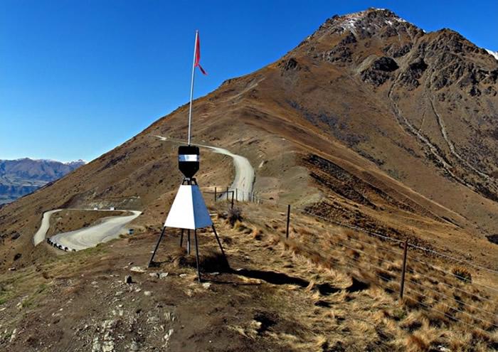 澳洲男子在新西兰南岛昆斯敦登山期间从300米高处堕下死亡