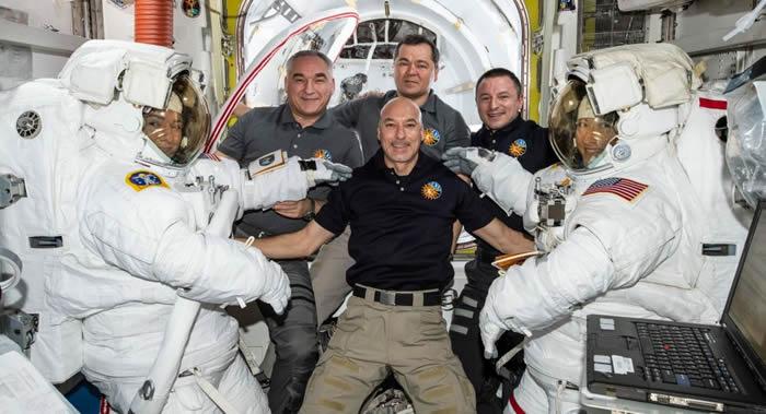 《JAMA Network Open》:部分宇航员的静脉中出现血液倒流现象