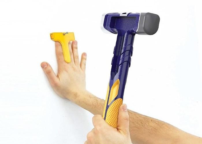 """美国设计公司推出一款安全锤""""Tuk Hammer"""" 防错手打中手指"""
