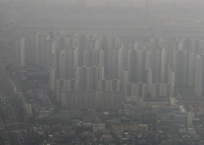 韩国境内的PM2.5微细悬浮粒子有32%来自中国 51%来自本地