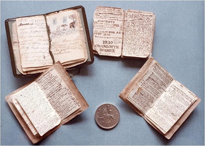 Charlotte Brontë名著《简爱》迷你手稿被故乡英国约克西群霍沃思博物馆筹78万欧元买回