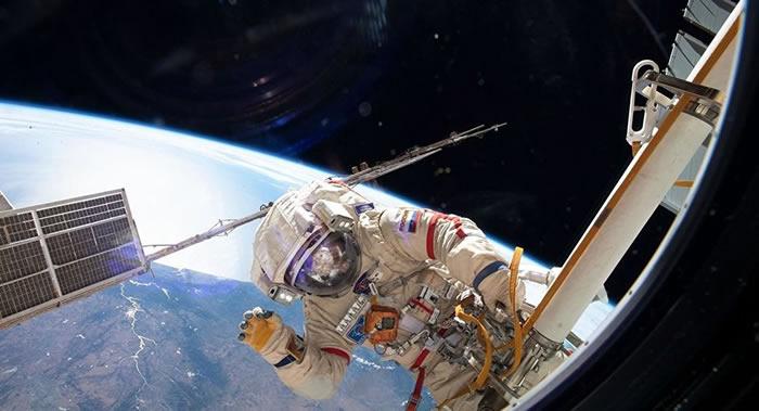 今年新年国际空间站宇航员在太空吃不到黑鱼子酱