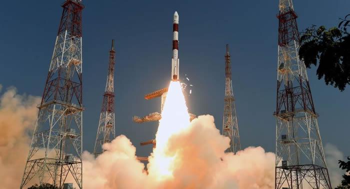 印度空间研究组织成功将遥感卫星Cartosat-3和13颗美国商用纳米卫星送入地球轨道