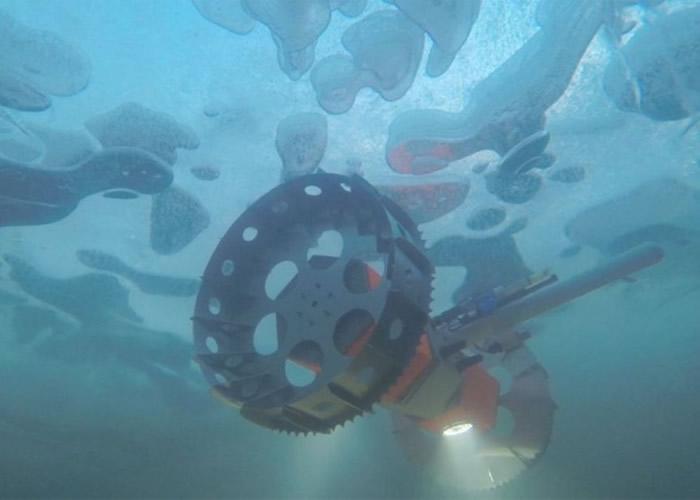 "NASA在南极测试水下探测车""BRUIE"" 助寻木卫二生命迹象"