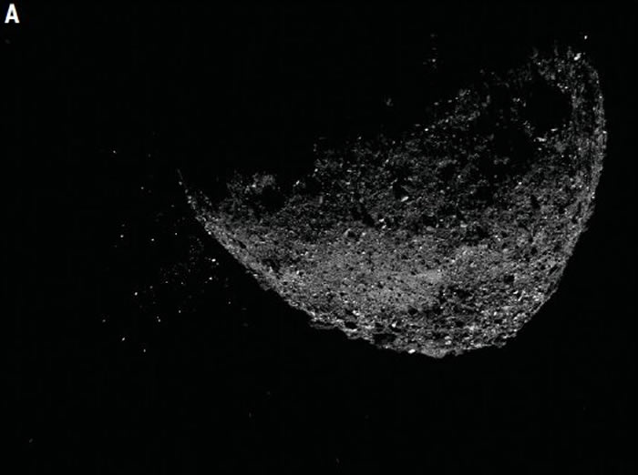 NASA OSIRIS-REx航天器摄像机捕获从近地小行星Bennu表面喷射出物质的近摄照