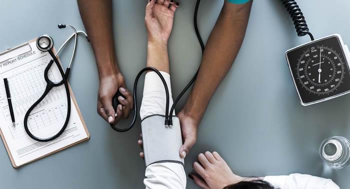 医学博士讲述何种因素可以引起高血压并如何加以预防
