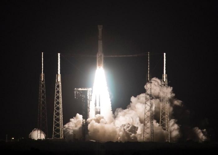 """美国波音公司载人太空船CST-100""""星际线""""未能入轨 取消前往国际空间站"""