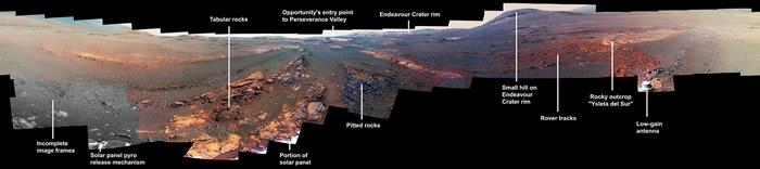 """NASA火星探测车机遇号""""殉职""""前所拍 火星全景图令人惊叹"""