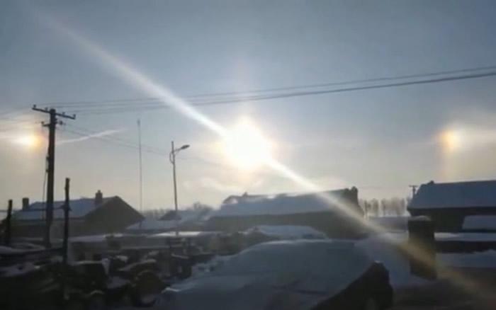"""2019年最后一天惊现""""幻日"""" 吉林省扶余市天空出现3个太阳"""