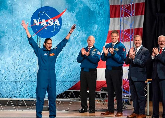 美国太空总署(NASA)举行首个公开的宇航员毕业典礼