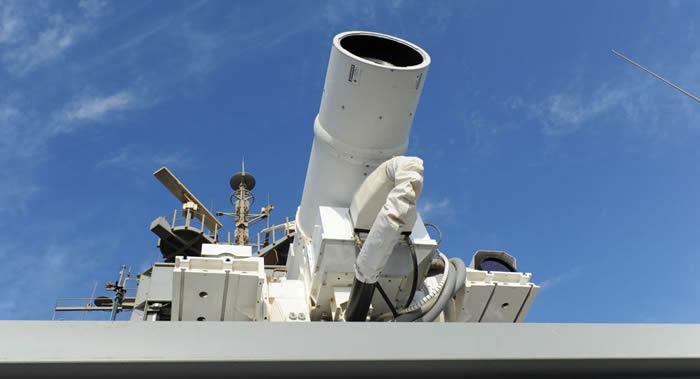 美国波音公司对抗无人机的最新型激光炮系统通过五项测试