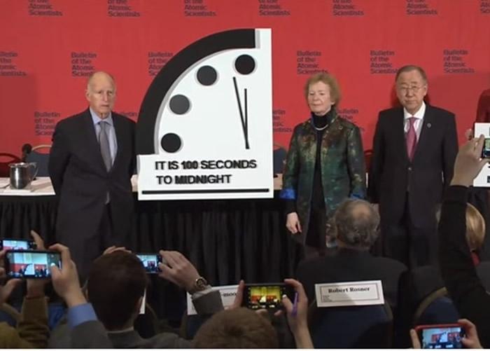 """美国《原子科学家公报》组织(BAS)将""""末日钟""""拨快20秒 朝鲜核威胁为因素之一"""