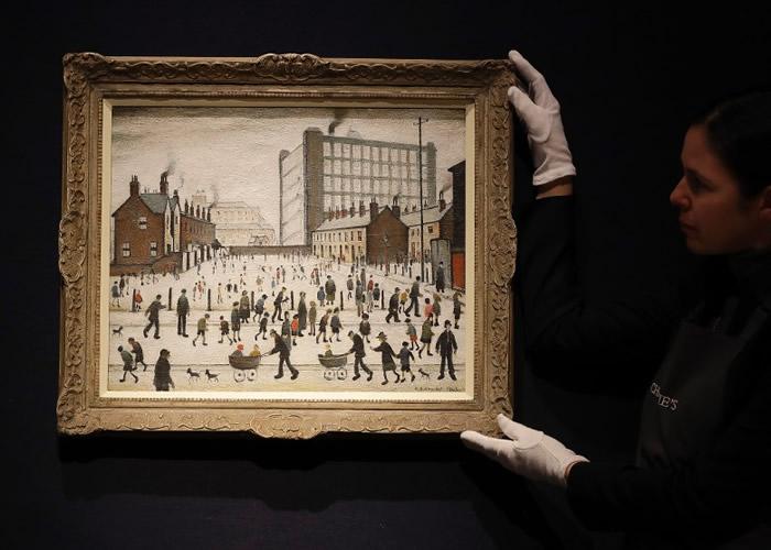 英国已故画家劳利(L.S. Lowry)成名画作《彭德尔伯里的工厂》265万英镑成交