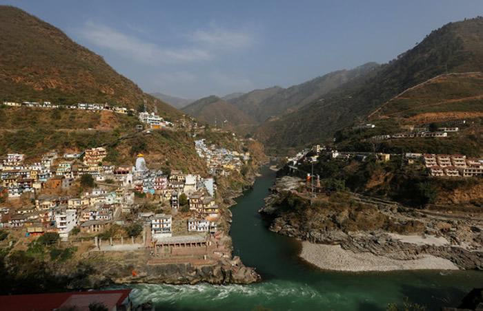 印度理工学院科学家在恒河源头根戈德里发现河流中的充满大量抗药性超级细菌
