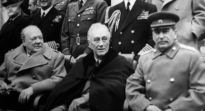"""揭秘二战中如何保护1945年2月4日举行反法西斯同盟国雅尔塔会议""""三巨头"""""""