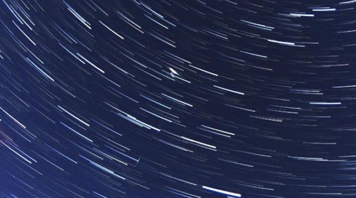 SpaceX Starlink星链卫星群正在迅速改变夜空