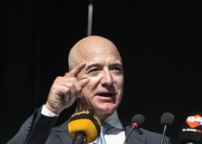 美国亚马逊行政总裁兼创办人贝索斯将捐出100亿美元以应对全球气候变化问题