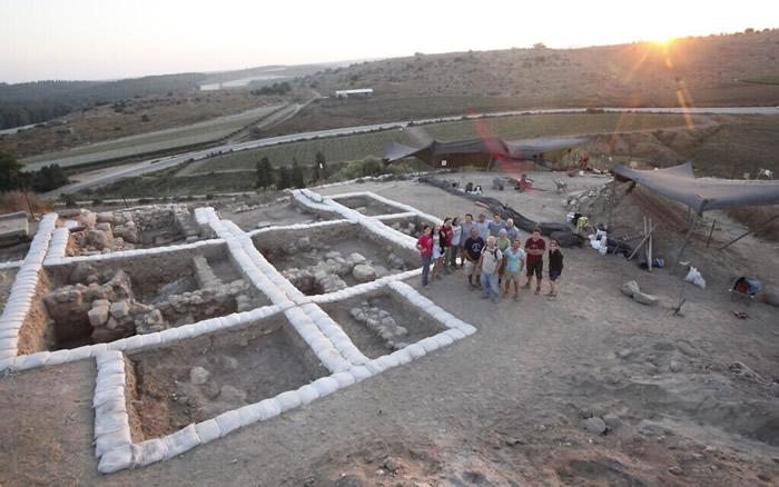 以色列凯尔耶特-盖特的青铜时代拉吉城定居点发现迦南神殿遗址