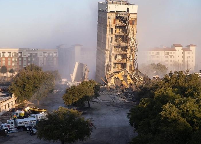 """爆破拆卸工程失败 美国""""德州斜塔""""成景点"""