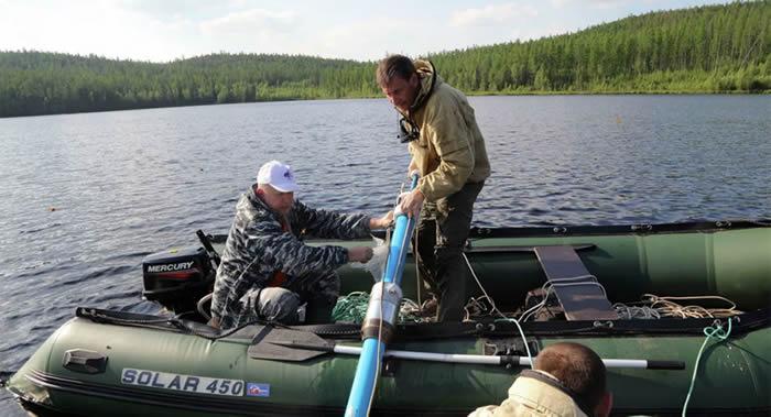俄罗斯西伯利亚的扎波韦德诺耶湖中发现1908年通古斯大爆炸陨石的痕迹