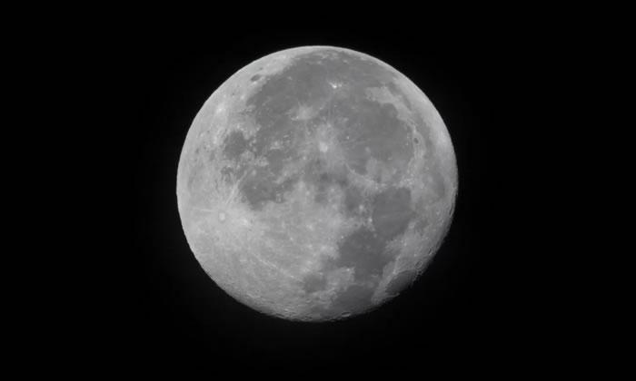 """超级月亮""""蠕虫月""""将上演"""