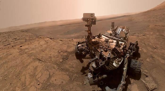 俄罗斯专家:新型冠状病毒大流行证明人类必须开展深空探测 必要时能移居月球和火星