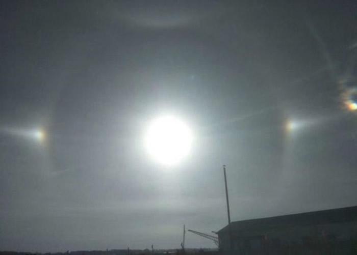 幻日!黑龙江省虎林市早上出现三个太阳奇特现象