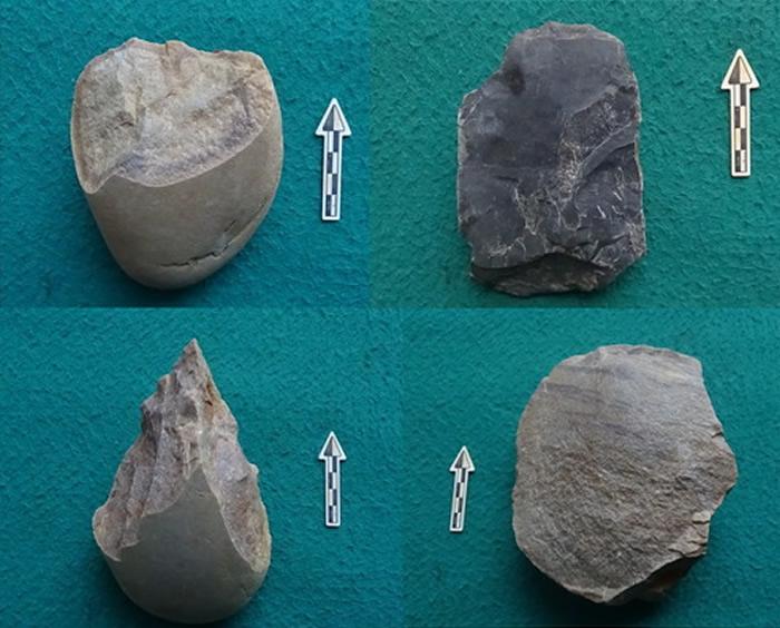 摩天岭遗址出土石器