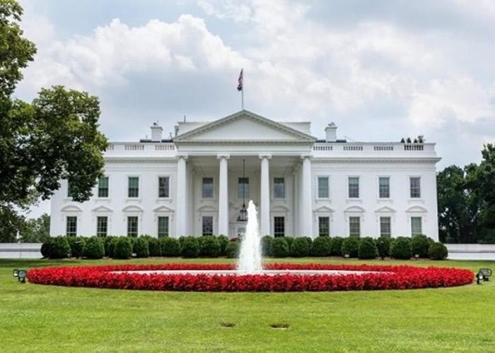 """美媒爆料白宫要求官员统一口径将疫情爆发责任推给中国 而美国是""""伟大的人道主义者"""""""