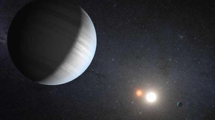 双星系统中的气态婴儿行星