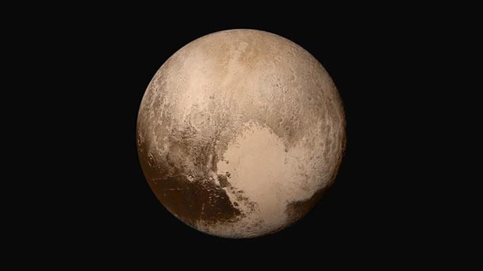 冥王星表面下潜藏的海洋或许与冥王星自身一样古老 液态水在太阳系边缘可能很常见