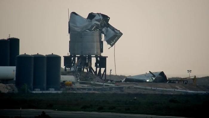 SpaceX最新星际飞船Starship原型SN3在压力测试中遭遇失败
