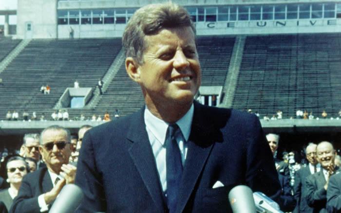 """美国""""肯尼迪诅咒""""?家族多人死于非命"""