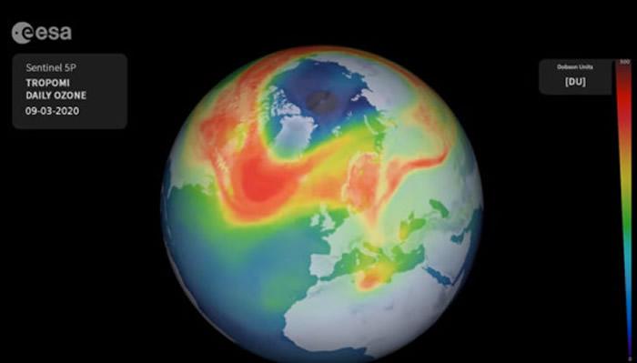 北极上空臭氧层破洞异常扩大