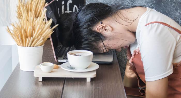 科学家建议年轻人通过锻炼而不要喝咖啡帮助提神