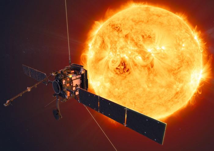 """欧空局太阳轨道探测器将与正在解体的ATLAS彗星的""""两条尾巴偶然相遇"""""""