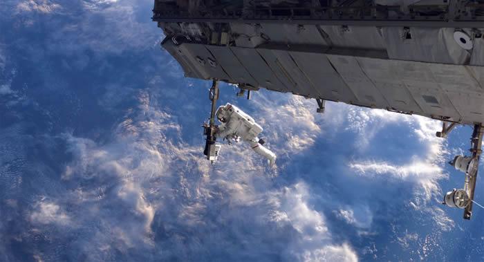 美国宇航员克里斯托弗∙卡西迪和罗伯特∙本肯将在国际空间站进行两次太空行走