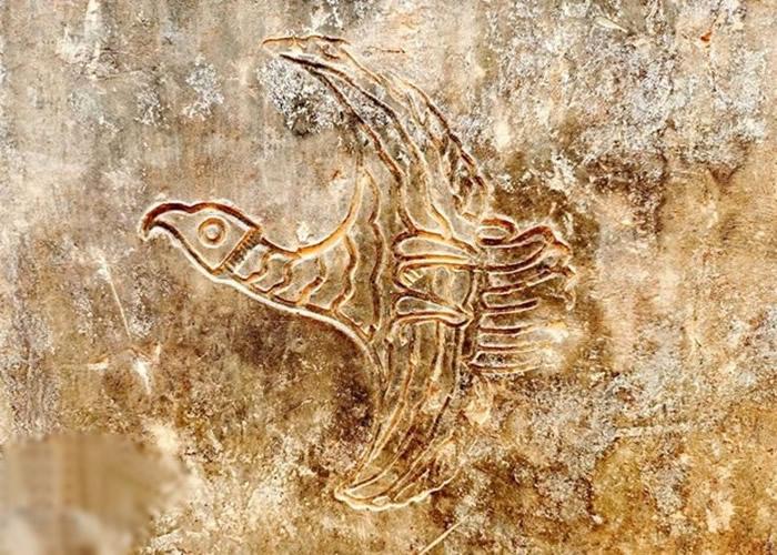 河南洛阳出土200座古墓 铜方壶或盛2千年前美酒