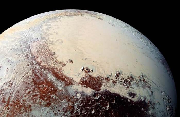 冥王星或从形成之时便一直是高温状态 在发展初期就拥有地下液态海洋